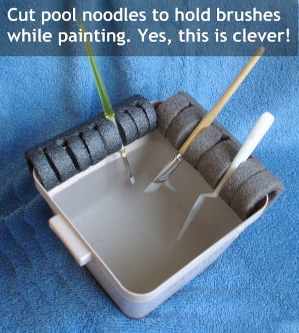 DIY Paint Brush Holder.