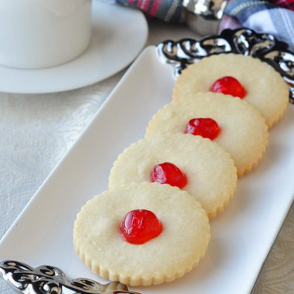 Homemade Shortbread Cookies for Christmas.