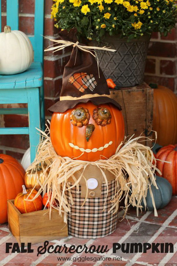 Fall Pumpkin Scarecrow.
