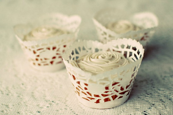 DIY Doily Cupcake Wrappers. Get the tutorial