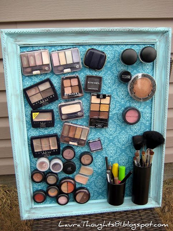 Magnetic Make-Up Board. Keep all the make up stuffs organized with this DIY magnet board. It makes great gift for teen girls who love make up in your life!