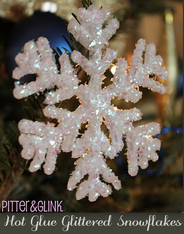 Hot Glue Glittered Snowflake Ornaments. Easy and super fun to make with your kids!