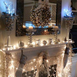 25+ Gorgeous Christmas Mantel Decoration Ideas & Tutorials