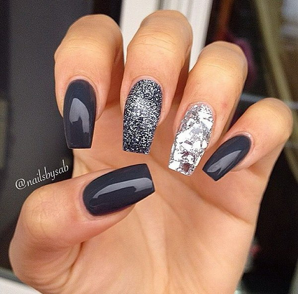 Dark Gray and the Chunky Silver Manicure - 70+ Stunning Glitter Nail Designs 2017