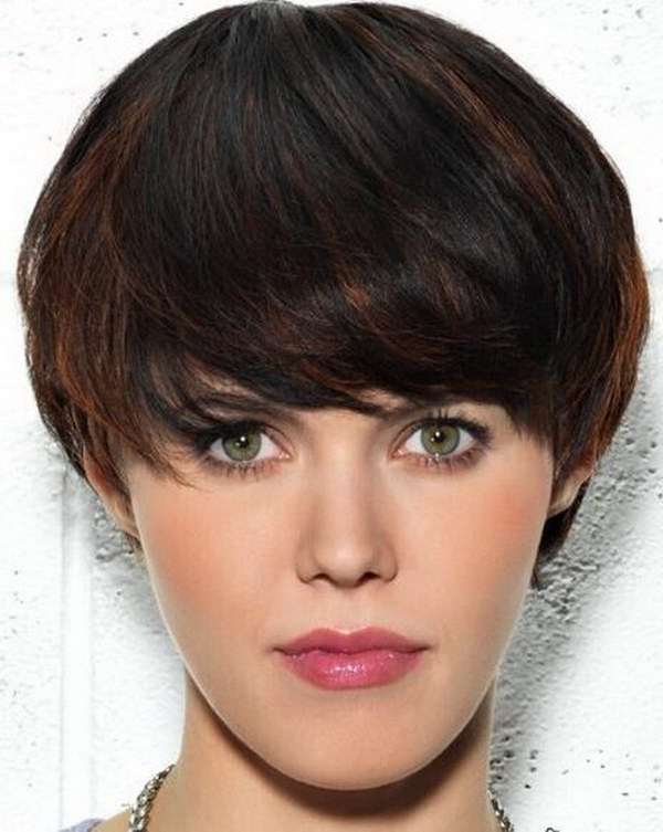 Short Hairstyle Ideas: Brown Highlights with Black Hair.