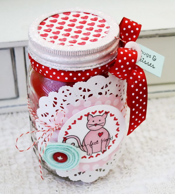 70 DIY Valentine's Day Gifts & Decorations Made From Mason