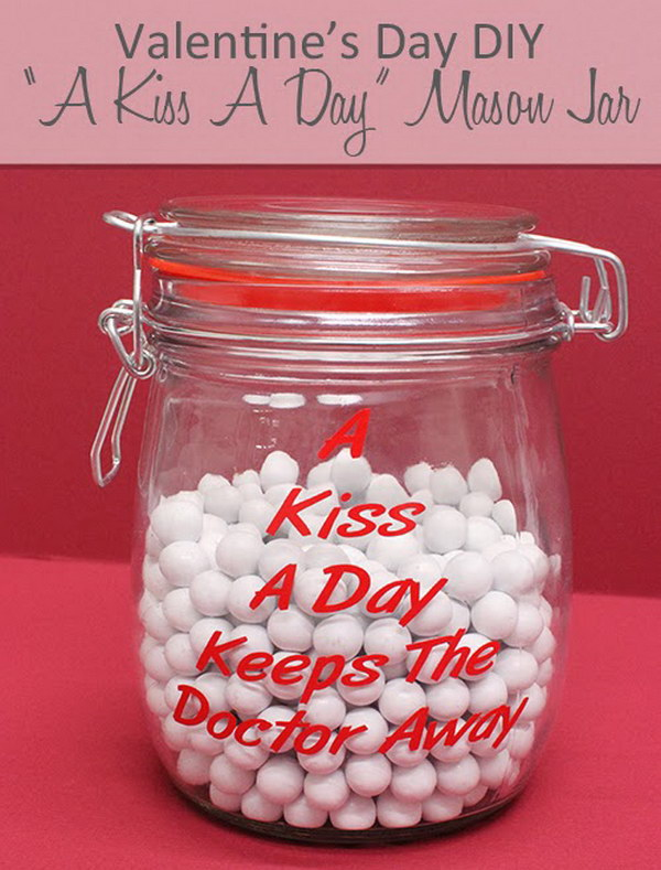 DIY Kiss A Day Mason Jar.