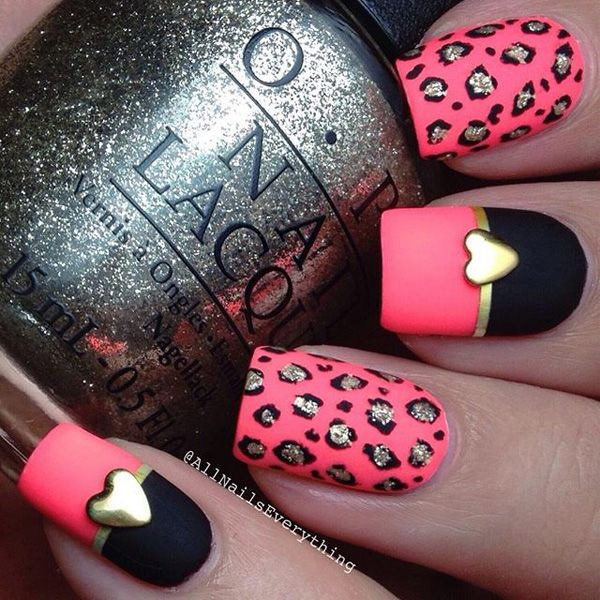 50+ Beautiful Pink and Black Nail Designs - IdeaStand