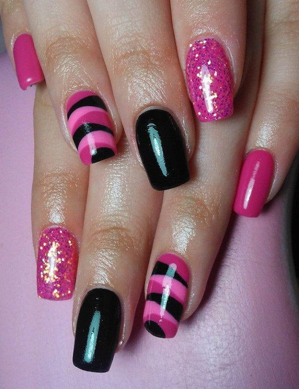 Pink And Balck Nail Design.