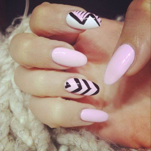Pink and Black Nail Design.