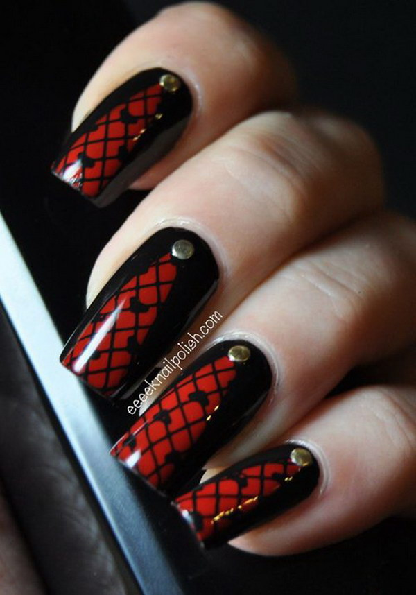 Lattice Black Red Nails