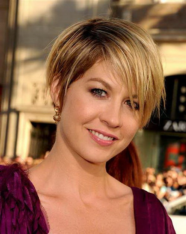 Super 25 Beautiful Short Haircuts For Round Faces Ideastand Short Hairstyles Gunalazisus