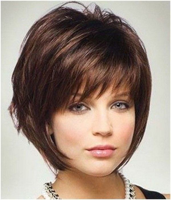 Short Layered Hairstyles For Women Over 40 With Round Faces
