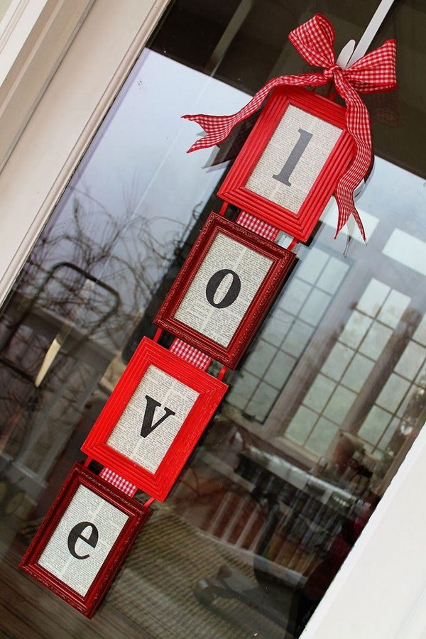 DIY Valentines Day Door Hanger