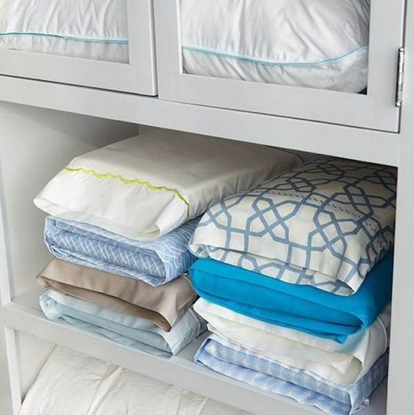 How to Organize your Bed Linens.