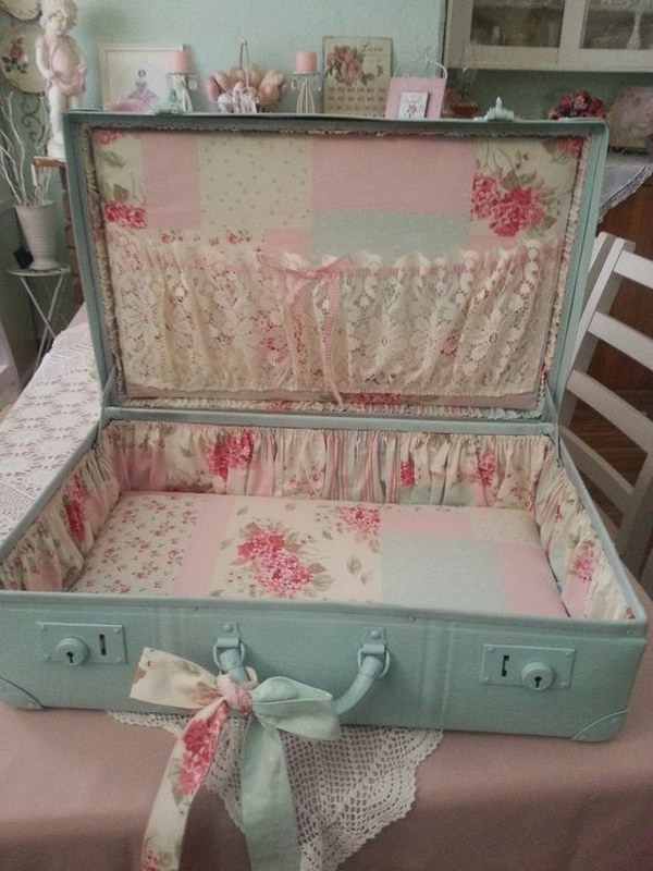 Shabby Chic Suitcase Makeover