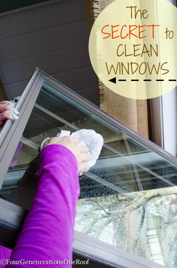 Best Way to Clean Windows with Hot Water and Vinegar.