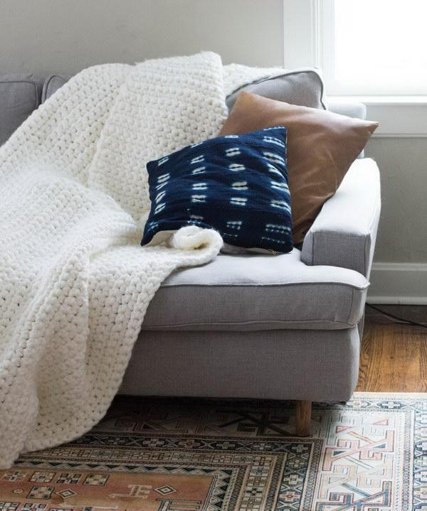 Crochet Chunky Blanket.