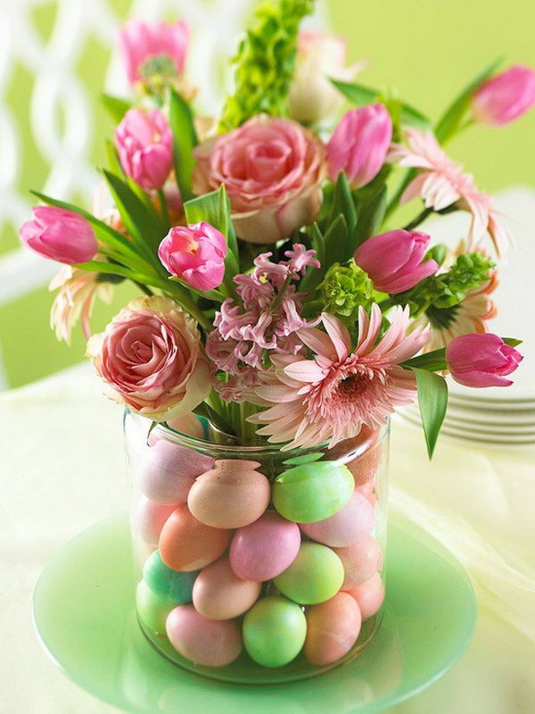 Simple Spring Centerpiece.