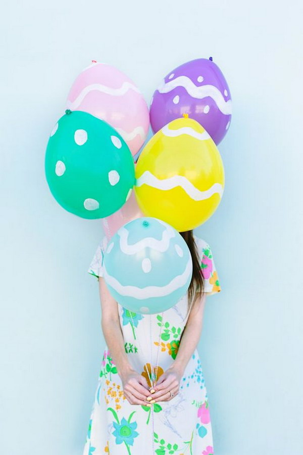 DIY Easter Egg Balloons In Under 10 Minutes