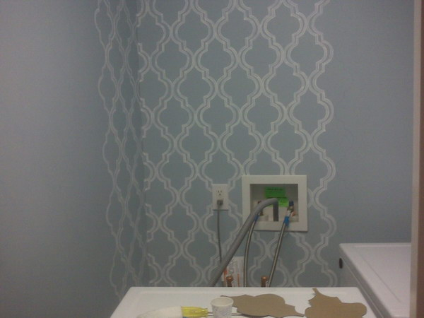 Buget Friendly DIY Small Laundry Room Wallpaper Painting