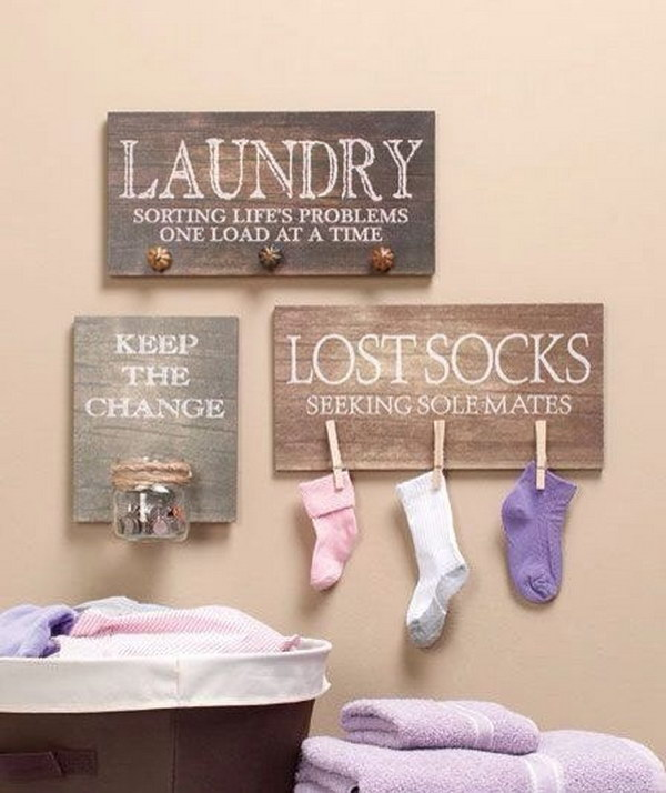 Solve The Common Household Problem With This DIY Lost Socks Sign