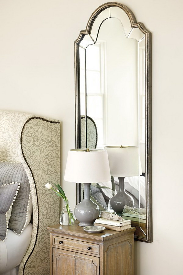 Bella Mirror with Classic Bonnet top Silhouette.