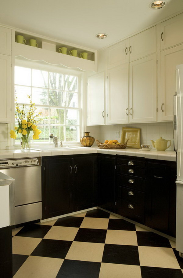 Black and White Kitchen Cabinets.