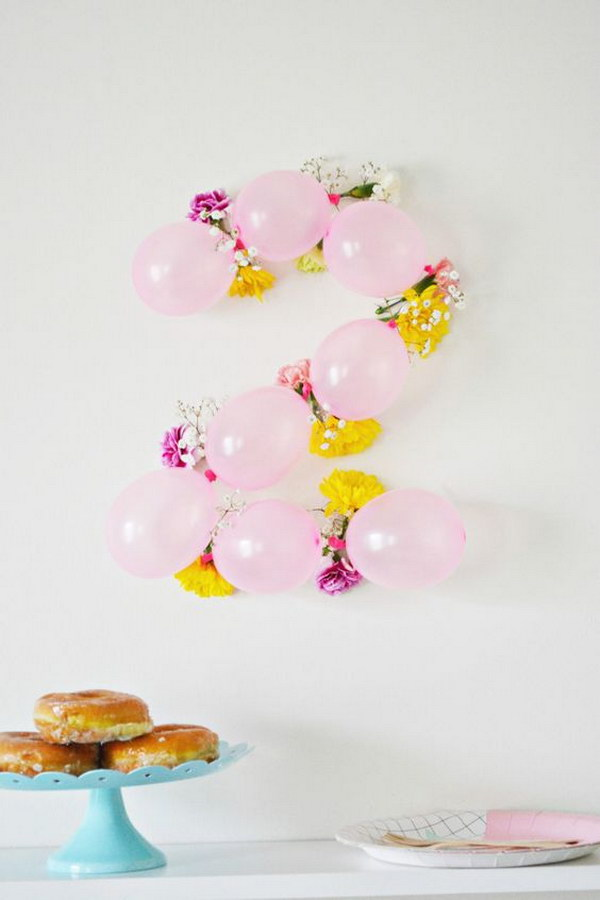 DIY Balloon Flower Numbers.