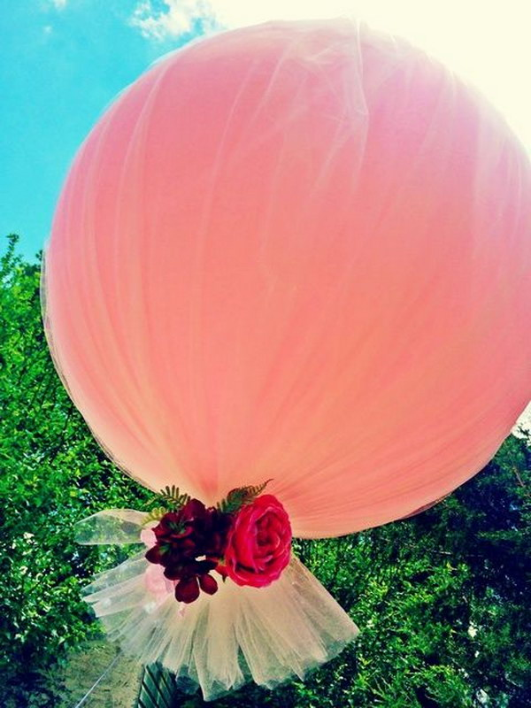 Tulle Balloon Decorations.