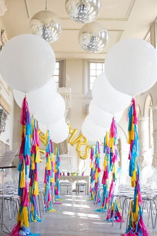 Awesome balloon decorations 2017 giant balloon wedding aisle junglespirit Choice Image
