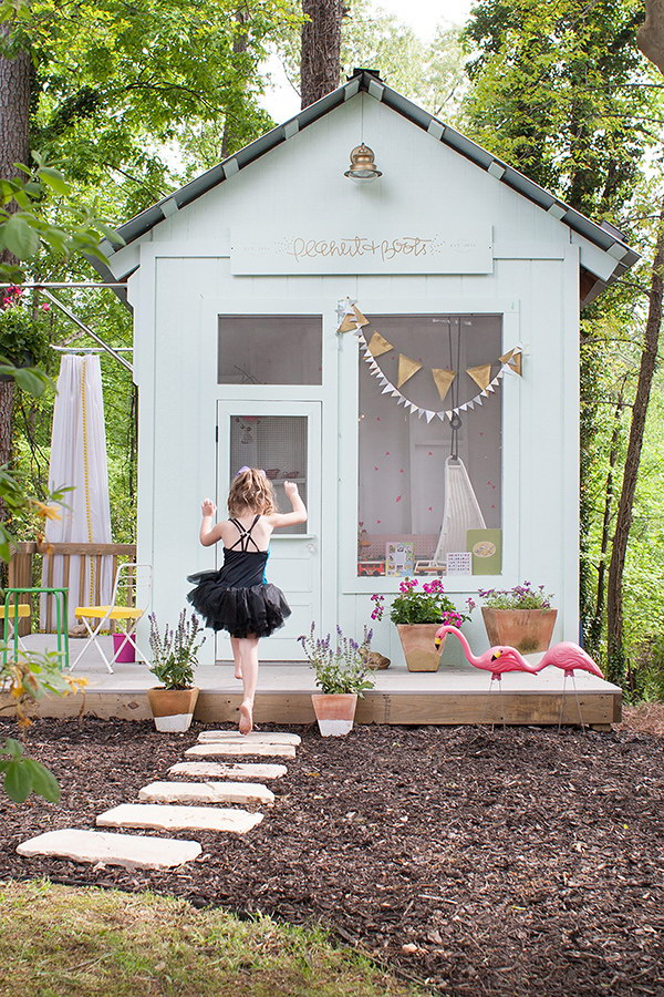 30 easy diy backyard projects ideas 2017 for How to make a playhouse out of wood