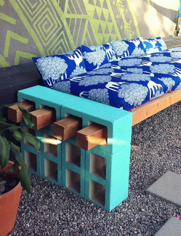 DIY Outdoor Seating.