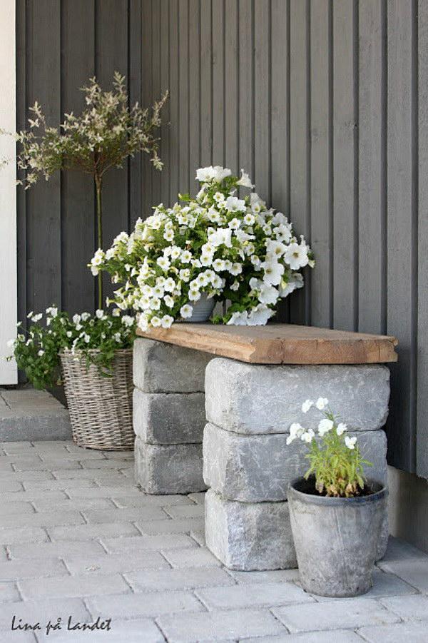 Simple DIY Bench.