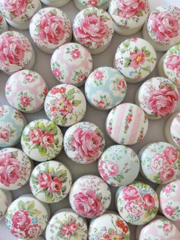 Shabby Cath Kidson Knobs Made Out Of Napkins And Decoupage