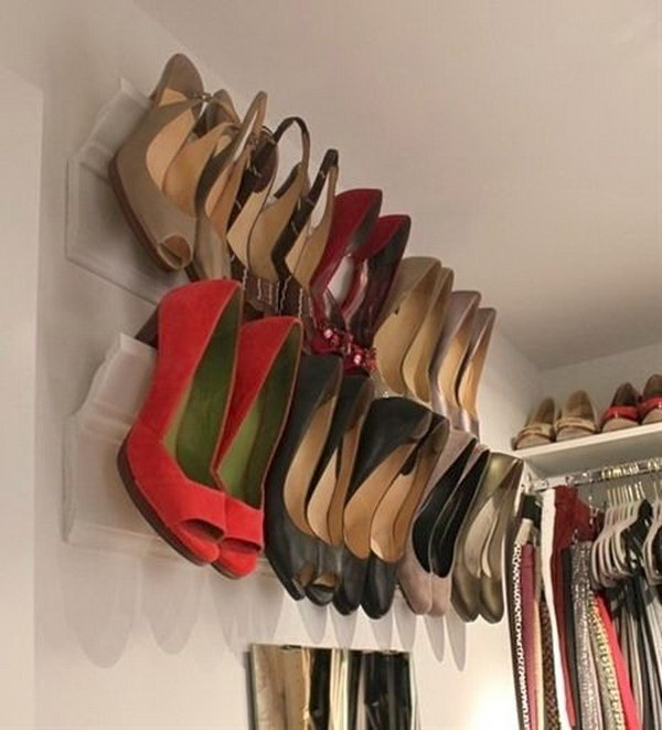 DIY Heel Wall Mount.