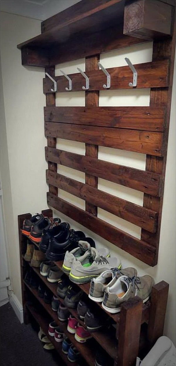 30 creative shoe storage ideas 2017 hallway pallet coat rack and shoe rack the best diy solutioingenieria Choice Image