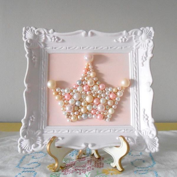 Pearl Crown Art.