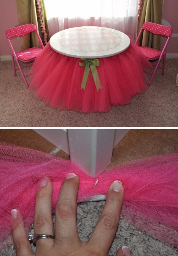 DIY Tutu Skirt Table