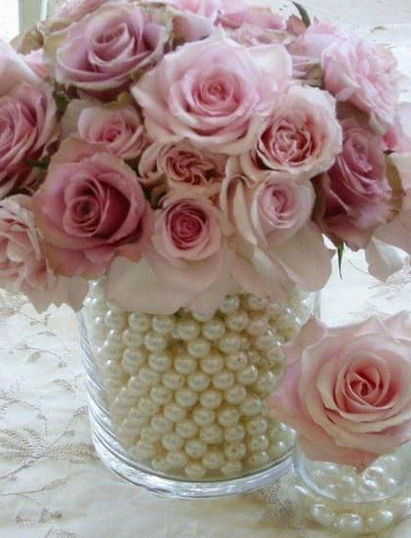 DIY Flower Arrangement With Pearls In The Vase