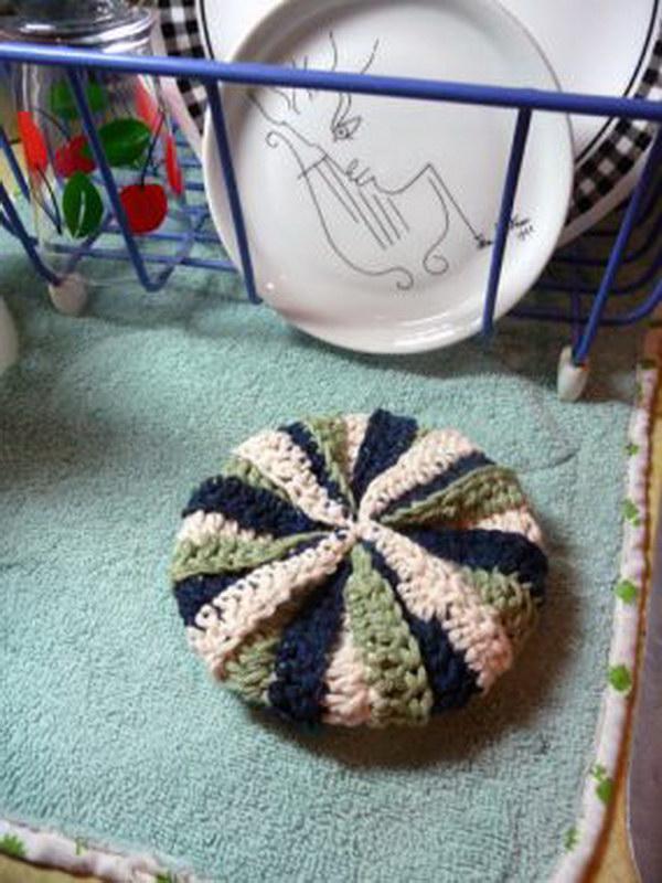 Crochet Tawashi Dish Scrubber.