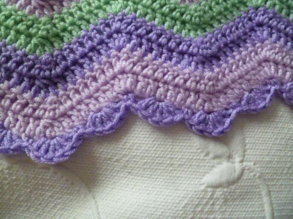 Easy Shell Edging For Ripple Blankets.
