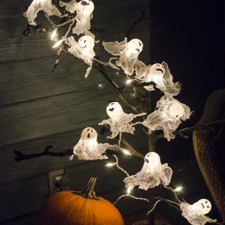 30 Awesome Halloween Decorations