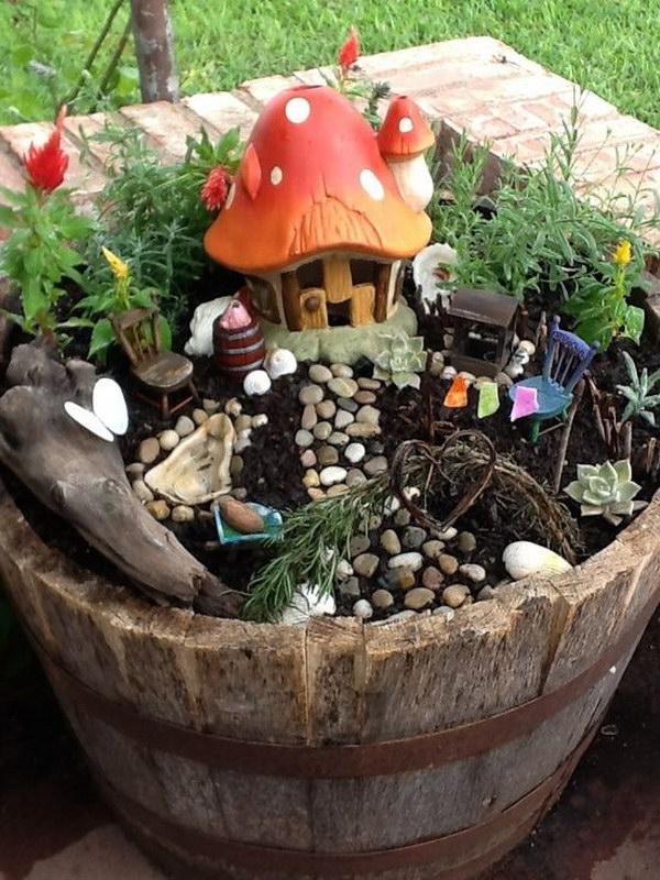 DIY Mushroom Roof Fairy House