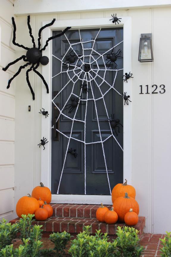 Halloween Spider Web Door Decoration.