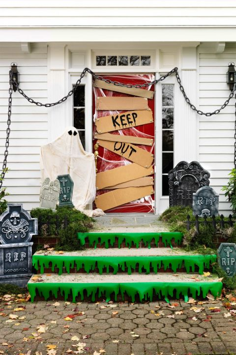 Halloween Decorations Classroom Door ~ Cute and fun halloween door decorating ideas