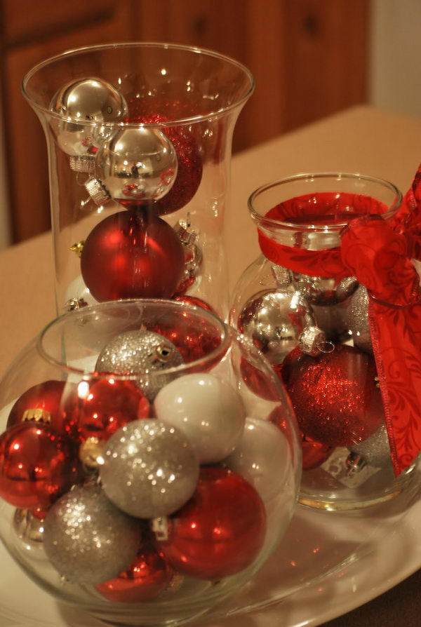 DIY Cheap Christmas Centerpieces.