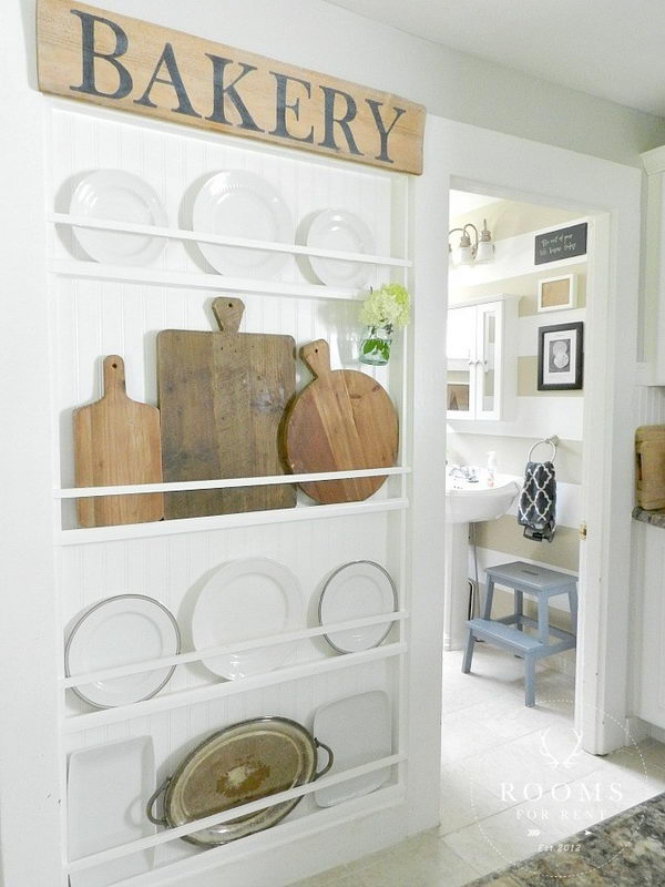 DIY Farmhouse Plate Rack.