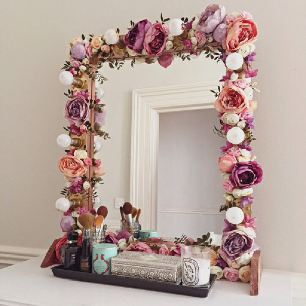 Paper Flower Decorated Mirror.
