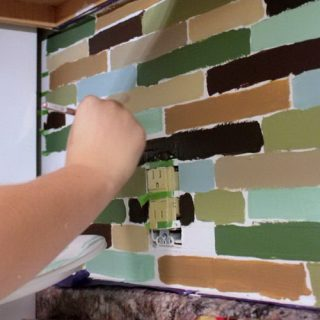 25+ Frugal and Creative Kitchen Backsplash DIY Projects